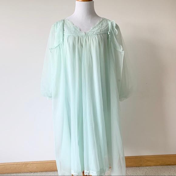 Vintage Nightgown Nightgown Vintage 1950s Nightgown Vintage Lingerie 1950s Nightgown Mint Green Nightgown Lingerie